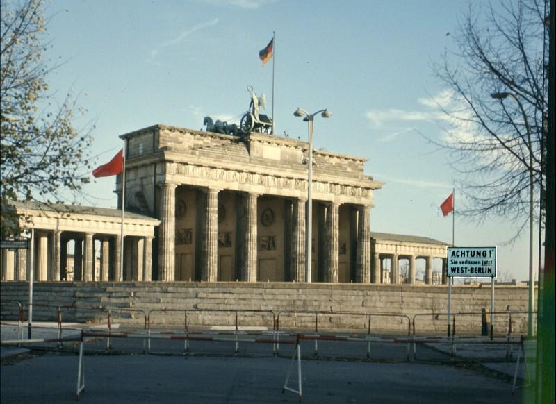 Die Berliner Solisten-Vereinigung Waldo Favre - Die Flotten Jungs Jetzt Geht's Rund!